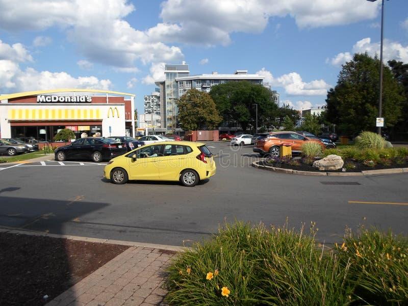 McDonald's, Twin City Plaza, Somerville, Massachusetts, Stati Uniti immagine stock libera da diritti