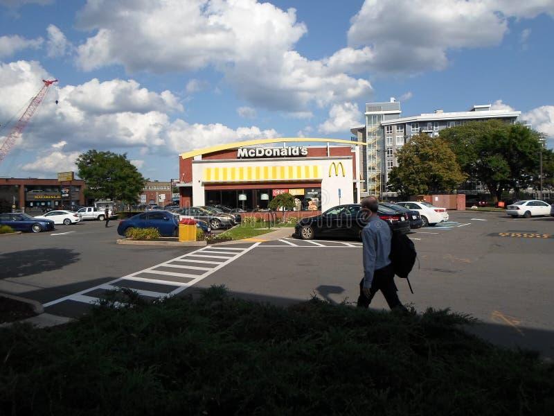 McDonald's, Twin City Plaza, Somerville, Massachusetts, Stati Uniti fotografia stock libera da diritti