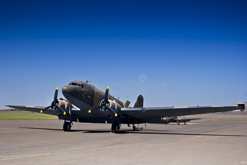 McDonnel Douglas DC-3 C-47A - SAAF 6859 royalty free stock photography
