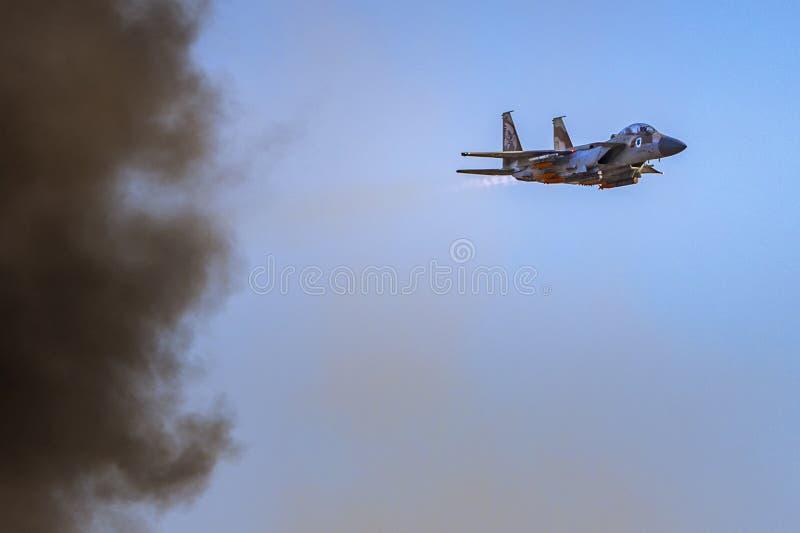 McDonnell Douglas F-15 Eagle après bombardement photographie stock