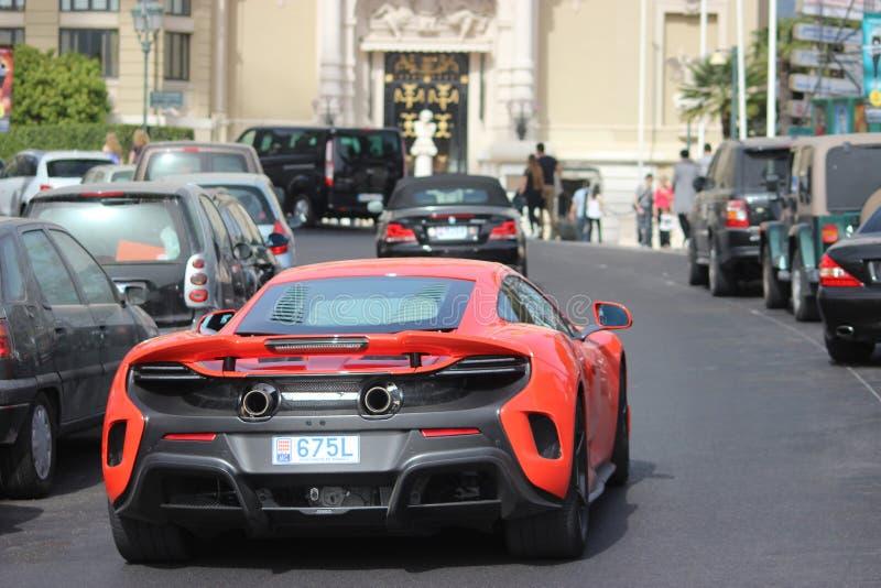 McLaren rojo 675LT en Monte Carlo, Mónaco imágenes de archivo libres de regalías