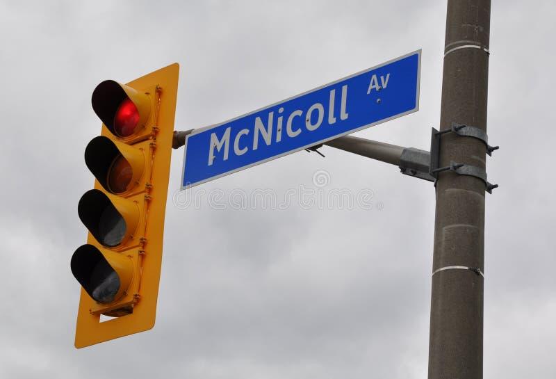 McNicoll avenytecken royaltyfri bild