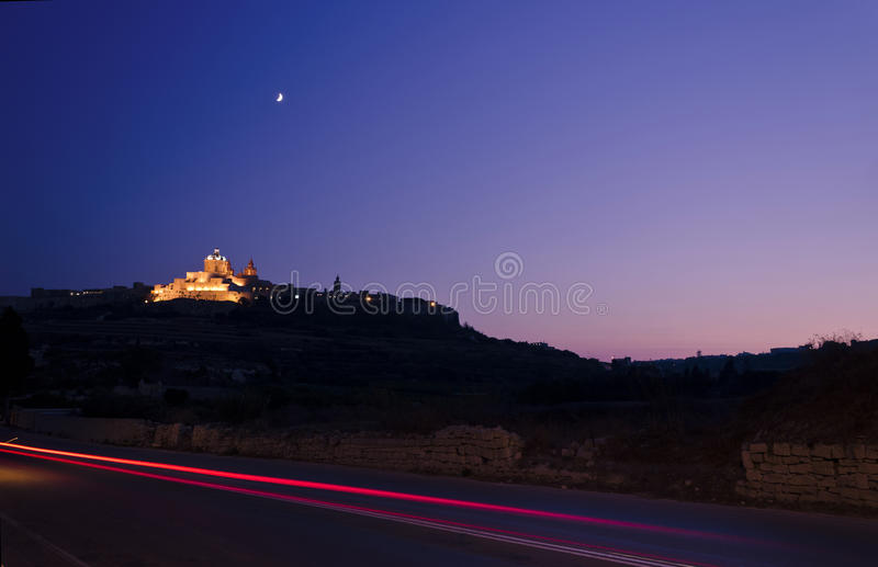Mdina на сумраке - Мальте стоковая фотография rf