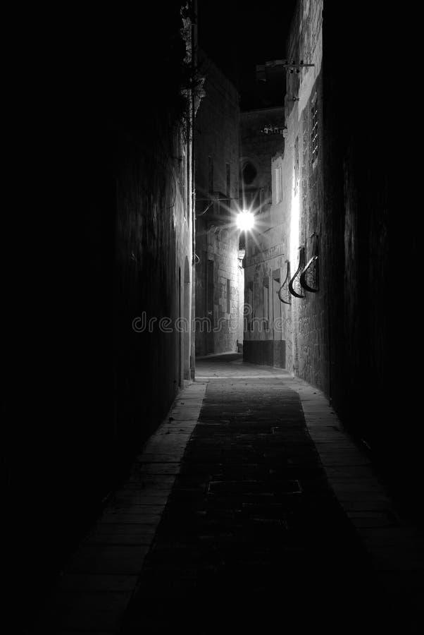 Mdina en la noche imágenes de archivo libres de regalías