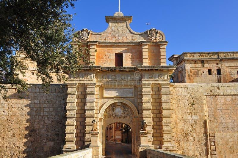Mdina-strömförsörjning port, Malta arkivbilder