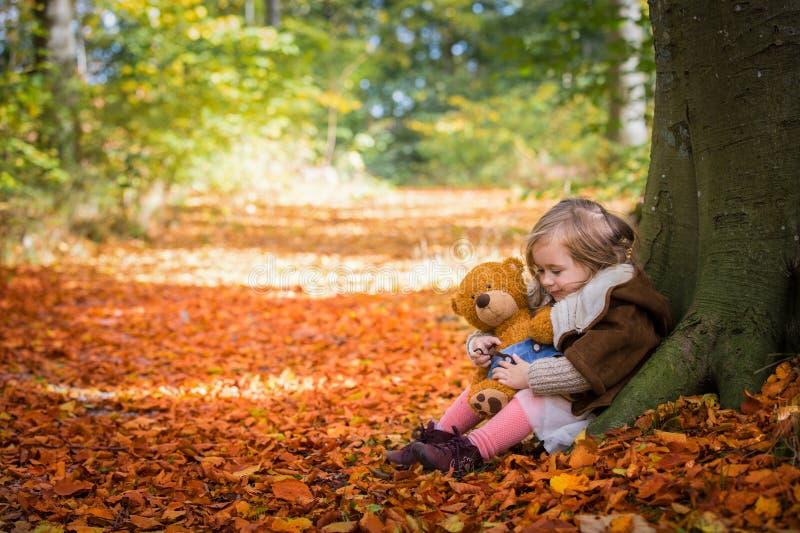 Me en Mijn Teddy Bear stock foto's