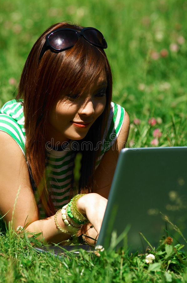 meadows dziewczyn. obraz stock