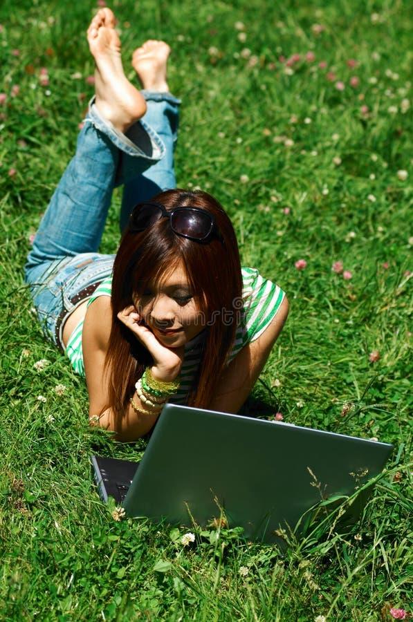 meadows dziewczyn. obrazy stock