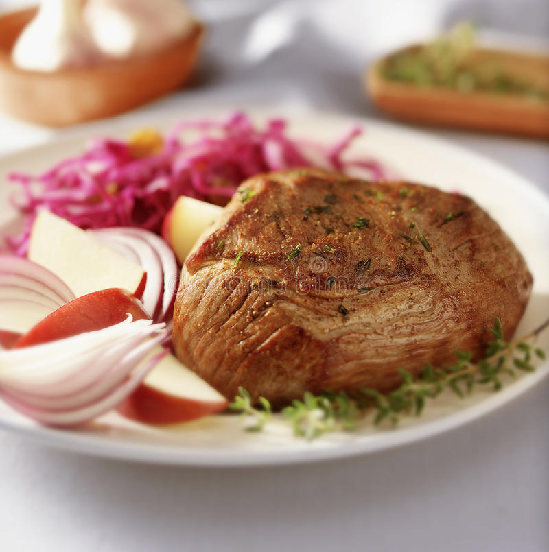 Free Meal With Meat And Vegetabeles Royalty Free Stock Image - 25676686