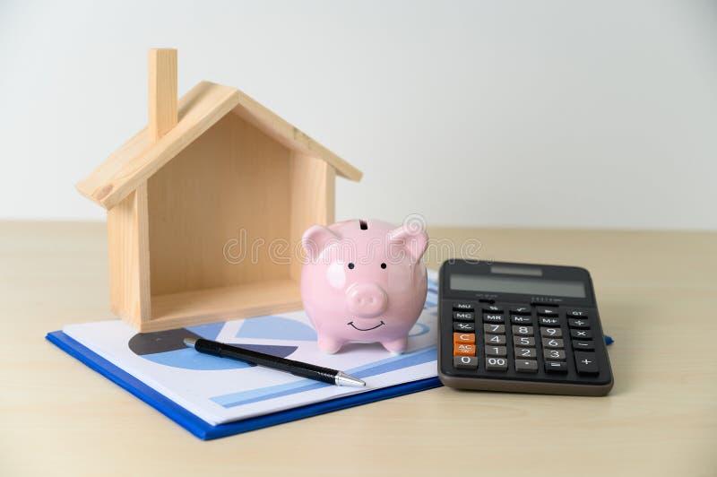Mealheiro e impostos da calculadora do c?lculo da contabilidade da finan?a foto de stock