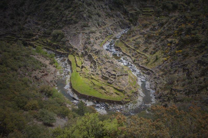 Meander in het district van Las Hurdes royalty-vrije stock foto's