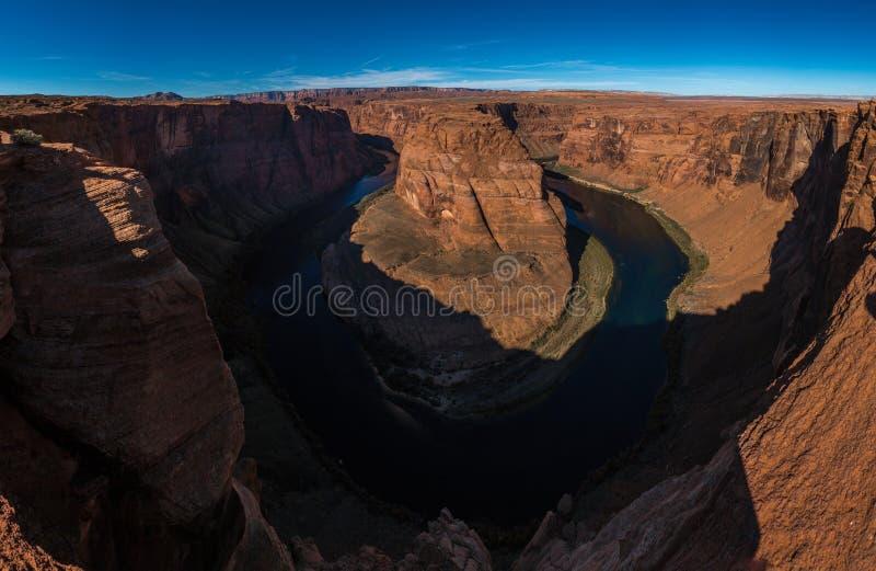 Meandro a ferro di cavallo della curvatura del fiume Colorado in Glen Canyon, Arizona fotografia stock