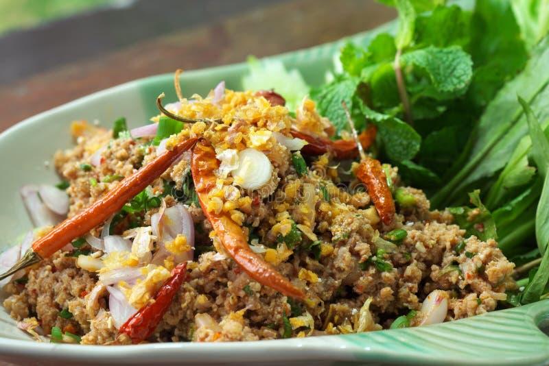 meat finhackat kryddigt thai för sallad arkivbild