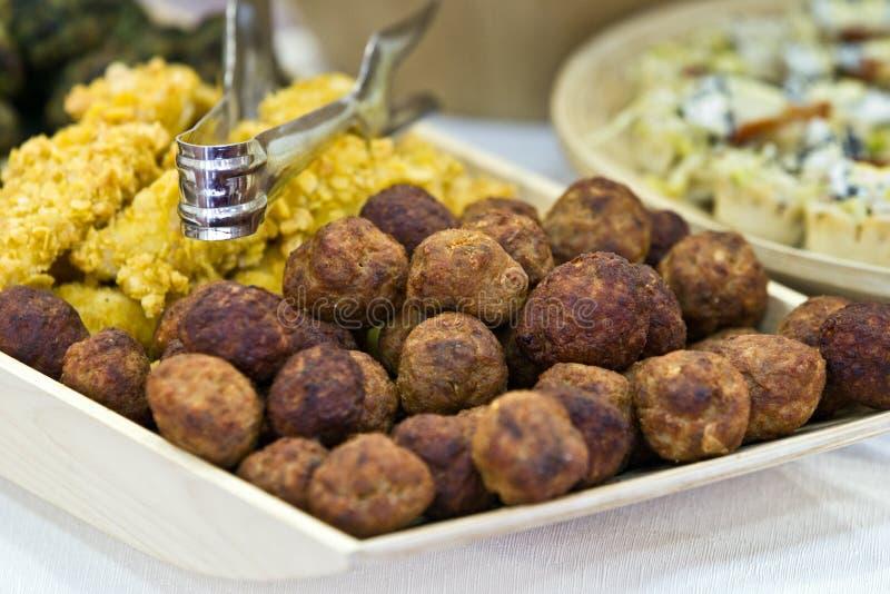 Download Meatballs arkivfoto. Bild av matlagning, vitamin, platta - 19791750