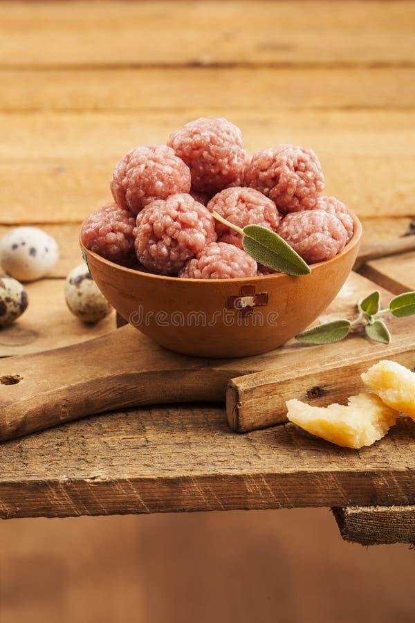 Meatballs crus fotos de stock