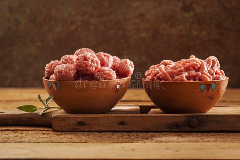 Meatballs crus fotos de stock royalty free