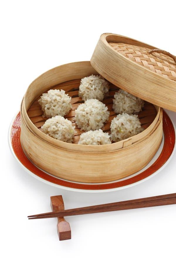 Meatballs no navio de bambu, FO chinesas do arroz imagem de stock royalty free
