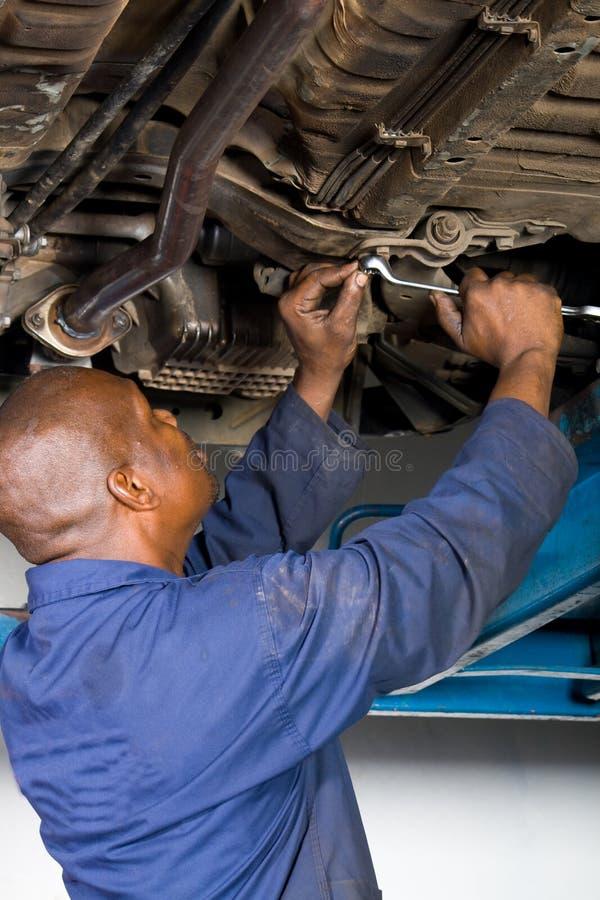Mecánico en el trabajo fotografía de archivo libre de regalías