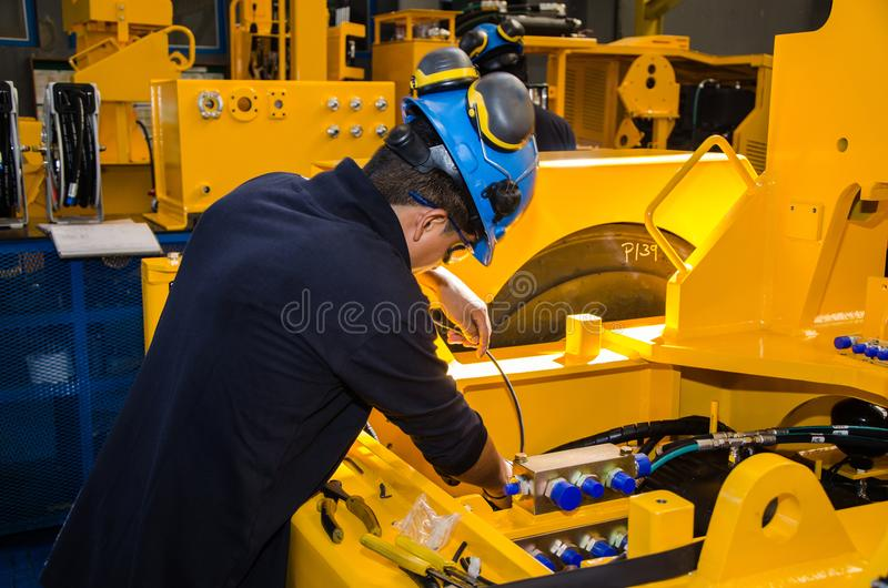 Mecânico da maquinaria pesada fotografia de stock royalty free