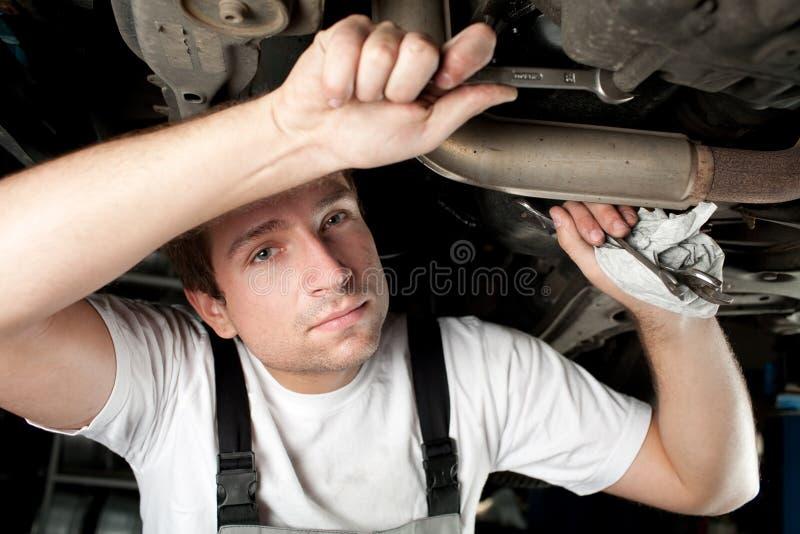 Mecânico no trabalho fotografia de stock