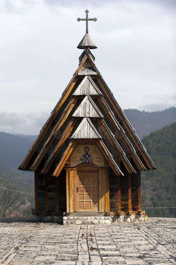 Mecavnik del pueblo de Drvengrad en la montaña de Mokra Gora, Serbia fotos de archivo libres de regalías