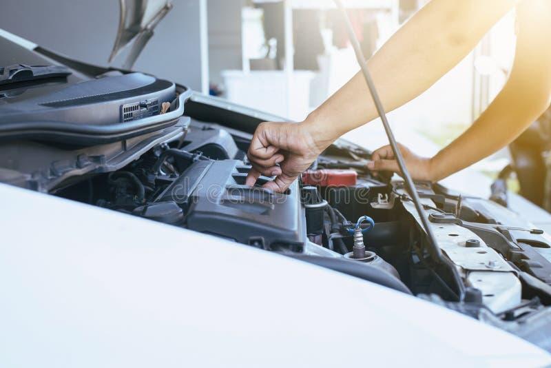 Mechanic changing oil mechanic car royalty free stock image