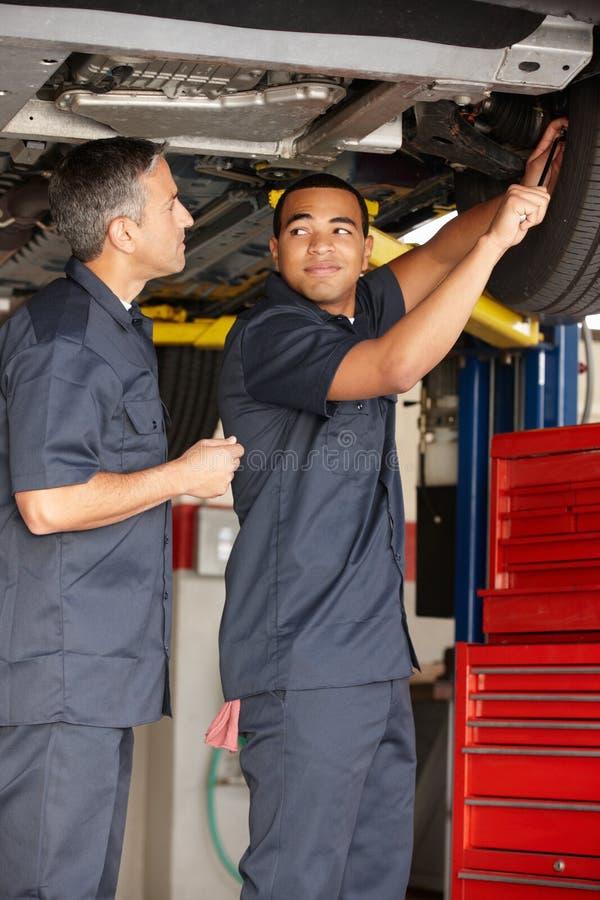 Mechanicy przy pracą obrazy royalty free