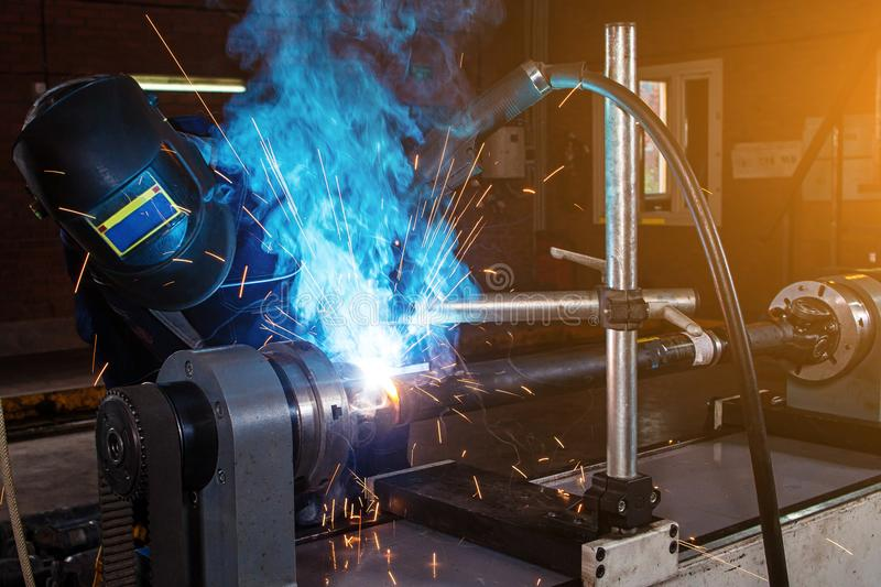 Mechanika spawalniczy metal zdjęcie royalty free