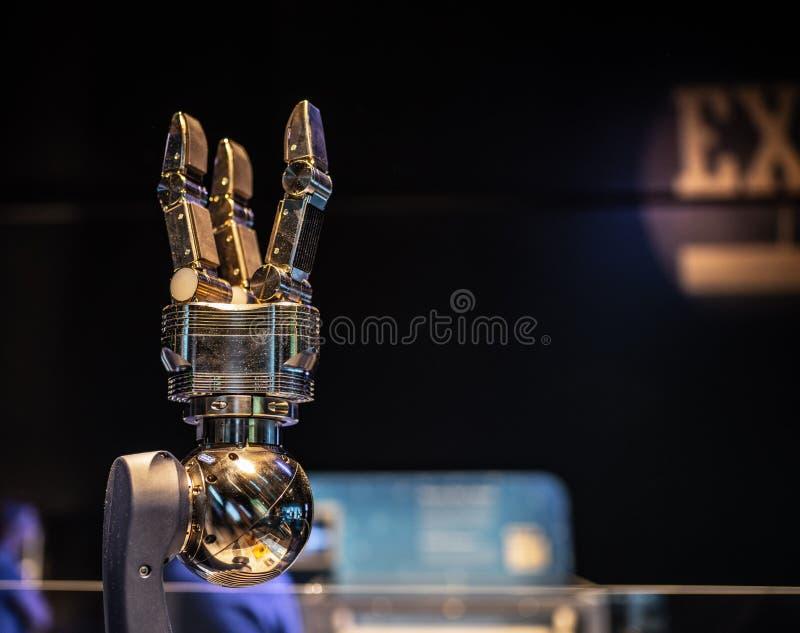Mechanische robotachtige schaar bij OMSI stock foto