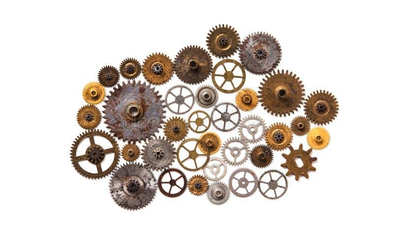 Mechanisches Design der Steampunk-Maschinerieverzierungs-Art lokalisiert auf Weiß Retro- Technologiestilllebenkonzept Auszug stockfotos