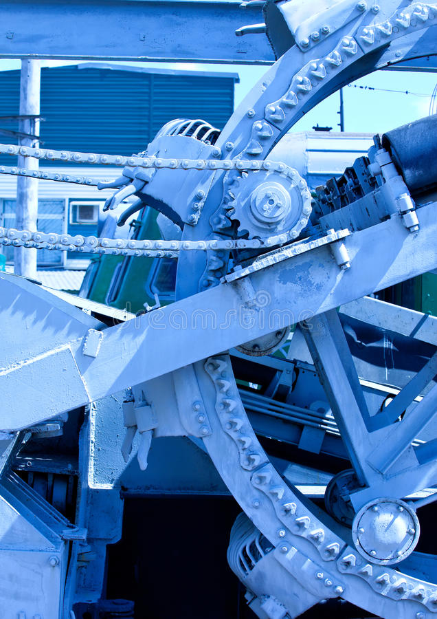 Download Mechanism With A Chain Drive Stock Image - Image: 25202731