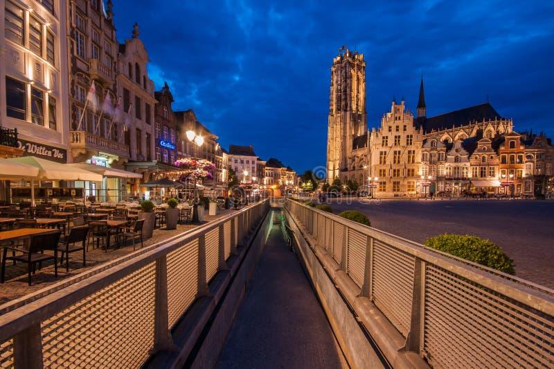 Mechelen Grote Markt arkivbild