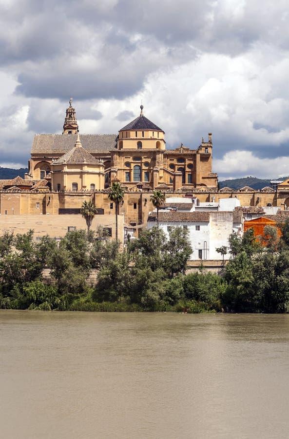 Download Meczet Cordoba zdjęcie stock. Obraz złożonej z architektoniczny - 57674062