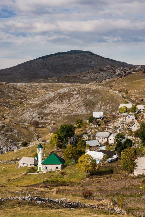 Meczet w wiosce, Bośnia i Herzegovina Lukomir, zdjęcie royalty free