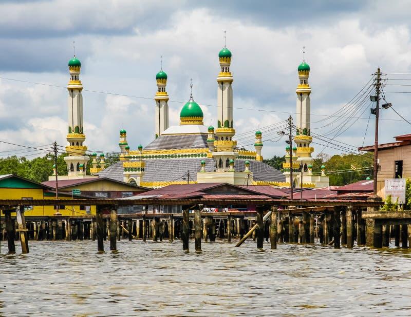 Meczet w Wodnej wiosce Seri Begawan, Brunei obraz stock