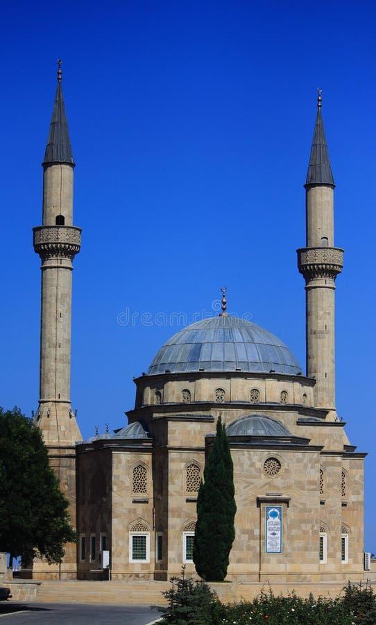 Meczet z dwa minaretami w Baku zdjęcia stock