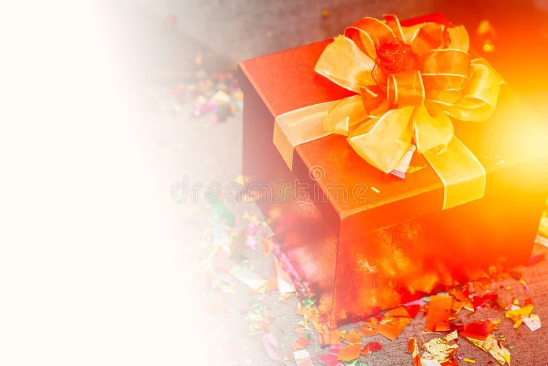 Med presentboxen Happy New Year Jul får du lyxen med plats för text arkivbilder