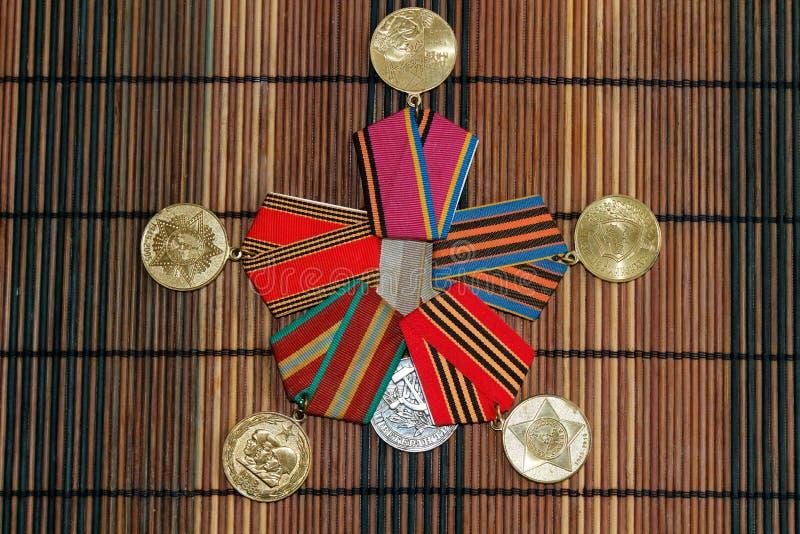 Medallas soviéticas y ucranianas de la Guerra Mundial de la victoria Segunda fotos de archivo libres de regalías