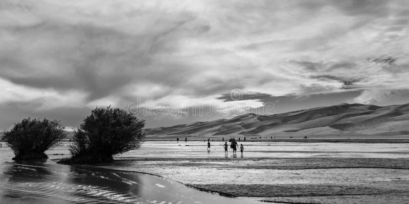 Medano zatoczka przy Wielkimi piasek diunami fotografia royalty free