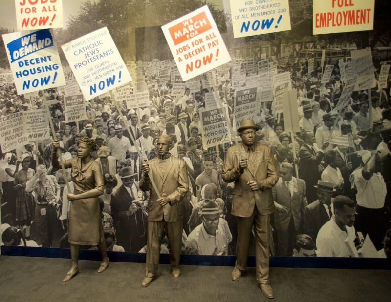 Medborgerlig rättighetperson som protesterarutställning inom det nationella medborgerlig rättighetmuseet på Lorraine Motel arkivfoto