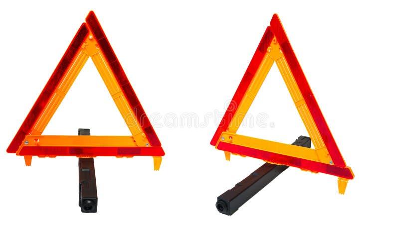 Medelbilen åker lastbil vägsäkerhet HazardTriangle arkivfoto