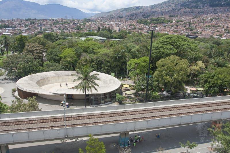 Medellin, Колумбия - 20-ое апреля 2015 ботанические - сад стоковое изображение rf