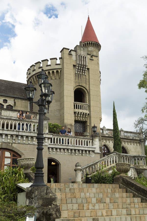 Medellin, Antioquia/Colombie - 7 octobre 2018 Belle vue panoramique du musée gothique médiéval de château à Medellin photos libres de droits