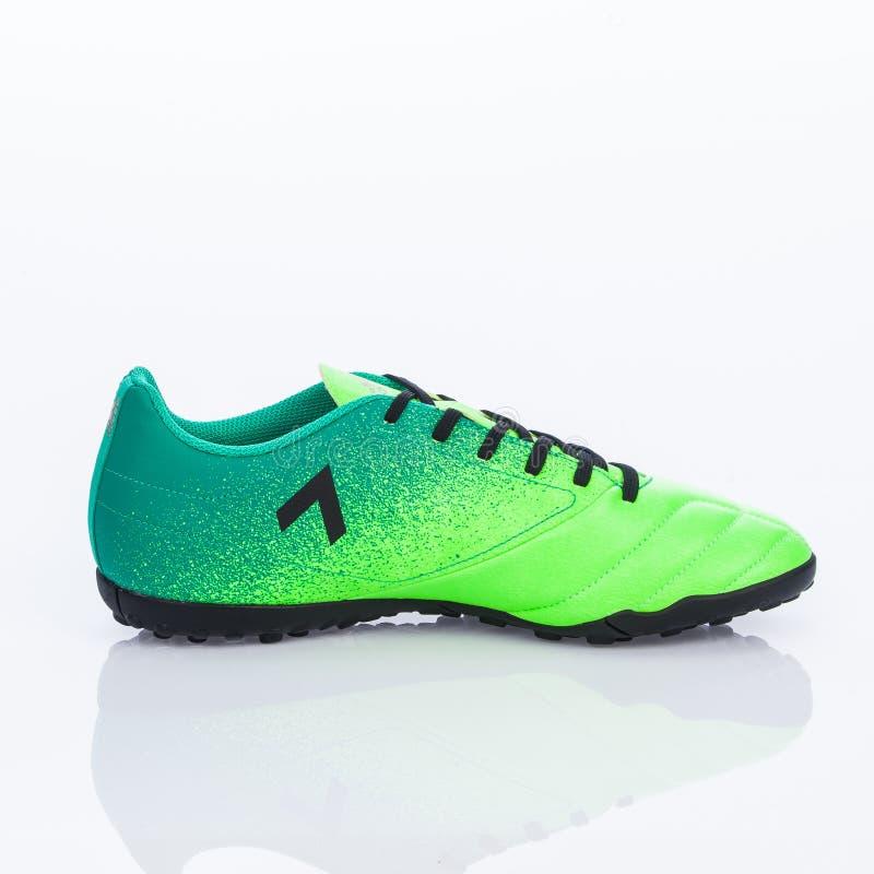 Medellin, Colombia Marzo 21, 2019: Calcio di ADIDAS/calcio dell'interno, scarpe fotografie stock libere da diritti
