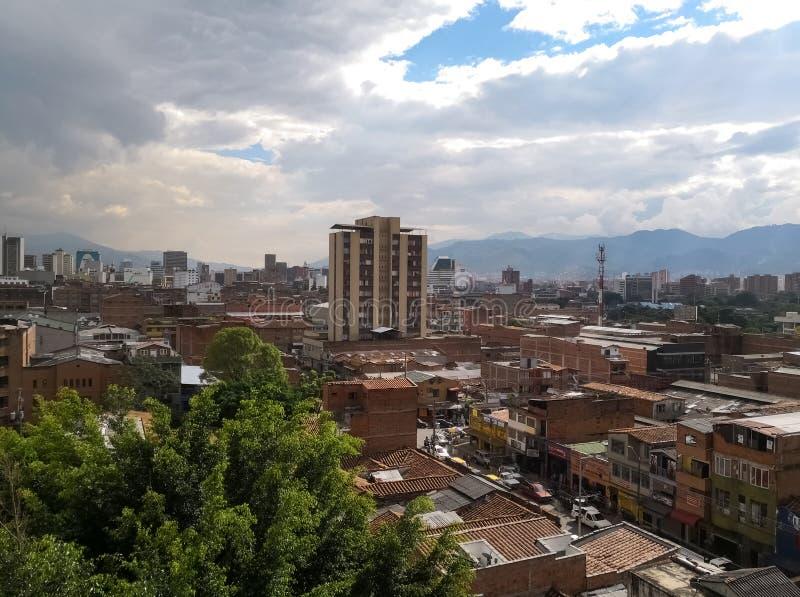 Medellin, Colombia, van de binnenstad met een concept ontwikkeling en sterkte royalty-vrije stock foto