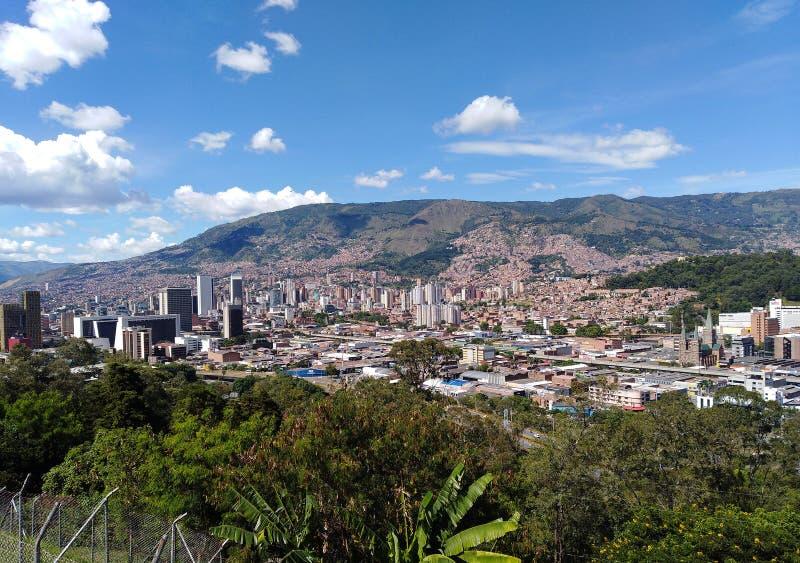 Medellin, de tweede grootste stad in Colombia stock foto