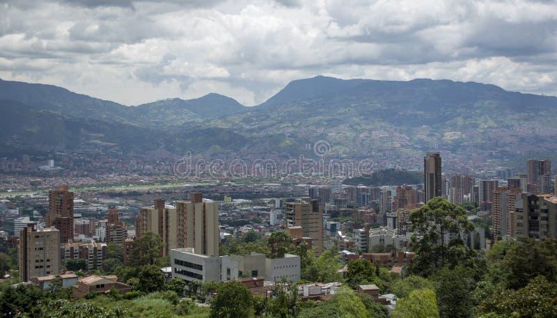 Medellin, la deuxième plus grande ville en Colombie images stock