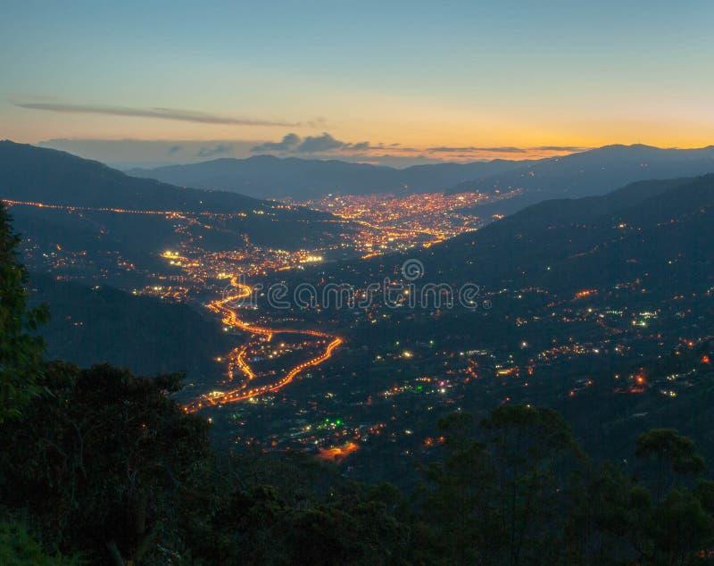Medellin-Skyline stockfotos