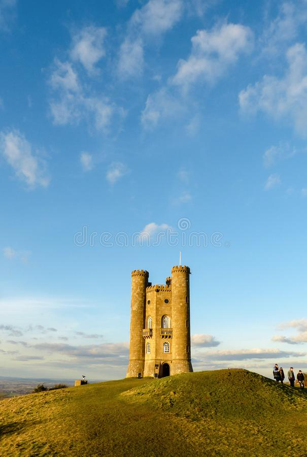 Medeltida Broadway torn i Cotswolden, Worcestershire, England, Förenade kungariket royaltyfria foton