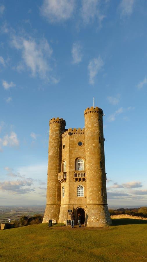 Medeltida Broadway torn i Cotswolden, Worcestershire, England, Förenade kungariket arkivfoton